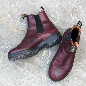 Blundstone Maroon boots size 9 womens